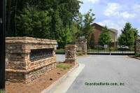 Thumbnails - lenox-overlook-townhomes-in-brookhaven-georgia_200.jpg