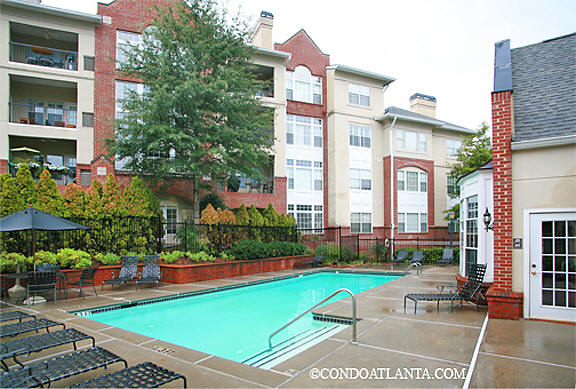 Habersham Oaks Condominiums in Buckhead Atlanta Georgia