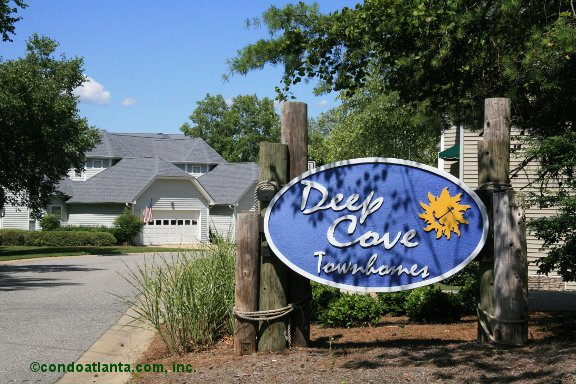 Deep Cove Townhomes in Cumming Georgia