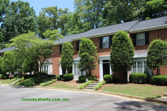 Ivey Woods Townhomes in Sandy Springs Georgia