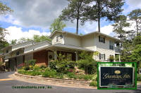 Glenridge Park Condominiums in Sandy Springs Georgia